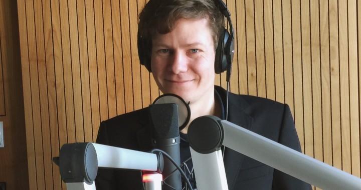 Martin Schmitt, Wissenschaftlicher Mitarbeiter am Zentrum für Zeithistorische Forschung im Studio des RBB.